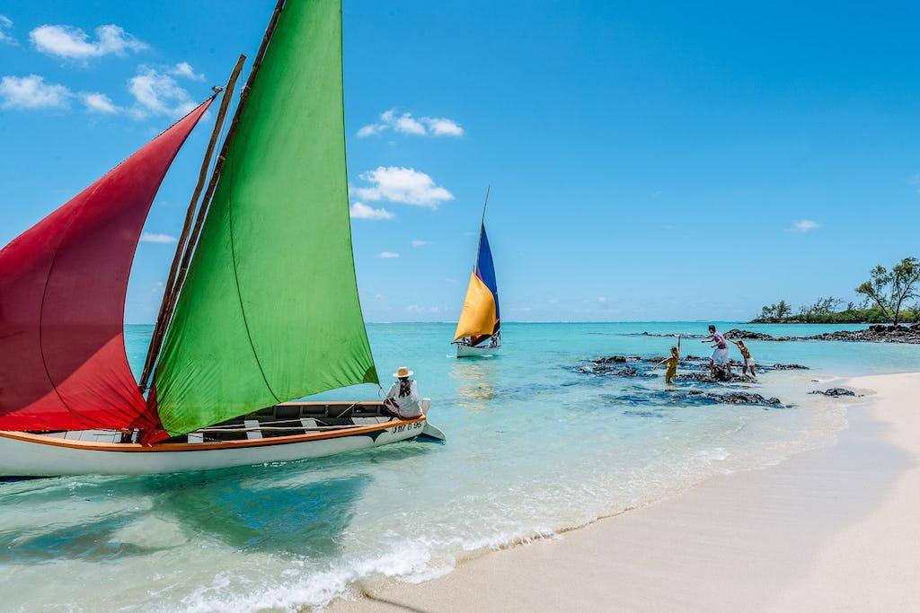 sail-boats-beach-mauritius-indian-ocean-islands-timbuktu-travel christmas safari