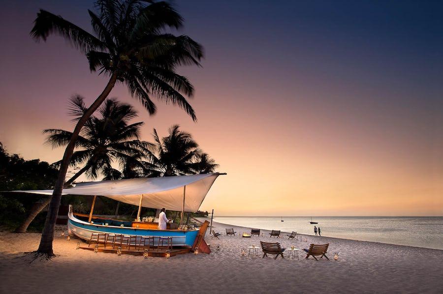andbeyond-benguerra-island-beach-bar-mozambique-Indian-Ocean-Islands