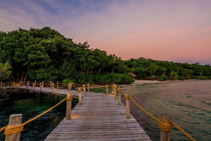 Fundu lagoon lodge pemba island tanzania