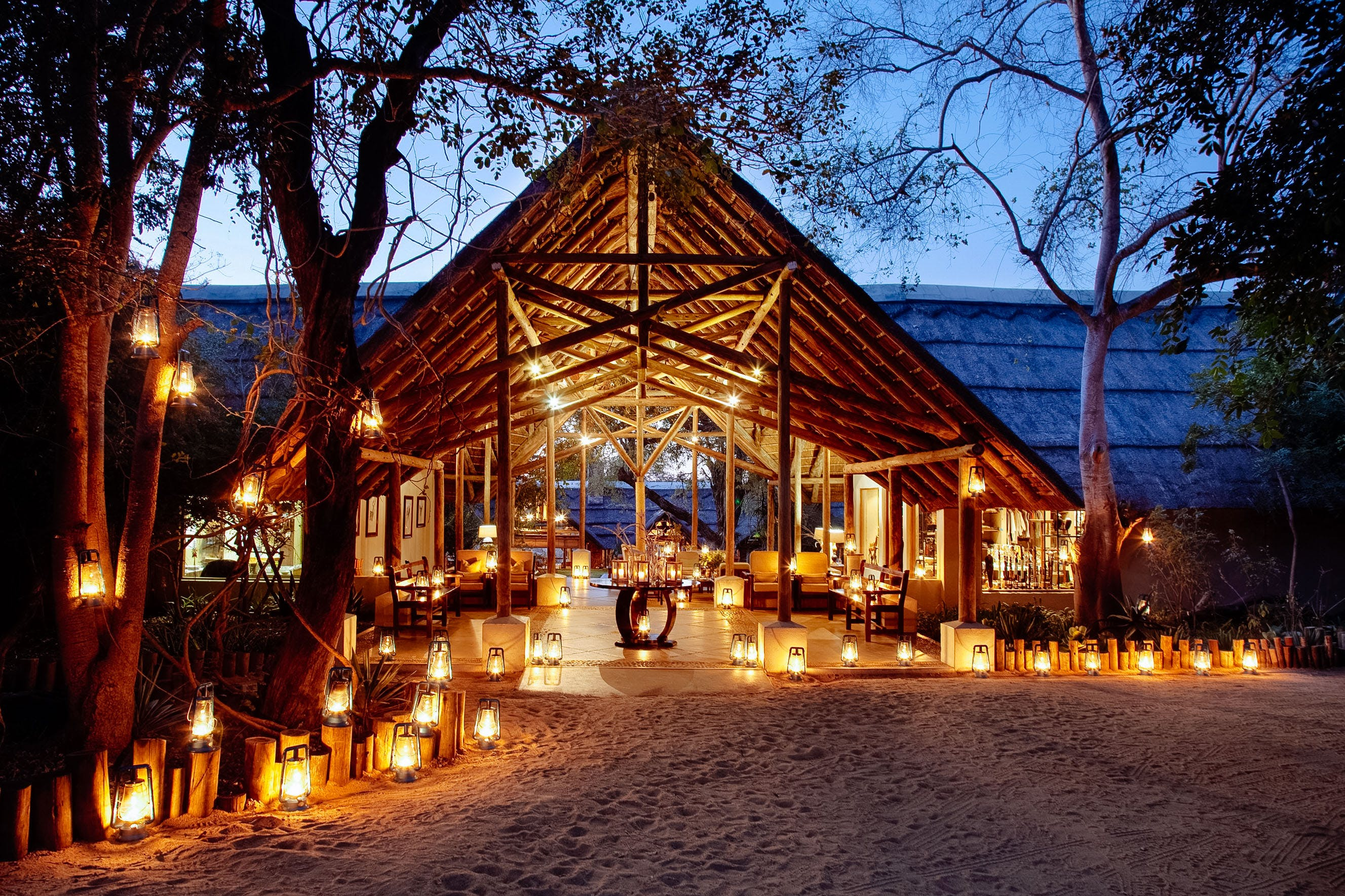 Thornybush game lodge entrance