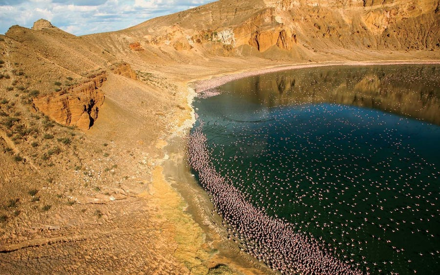 Unusual places - lake turkana