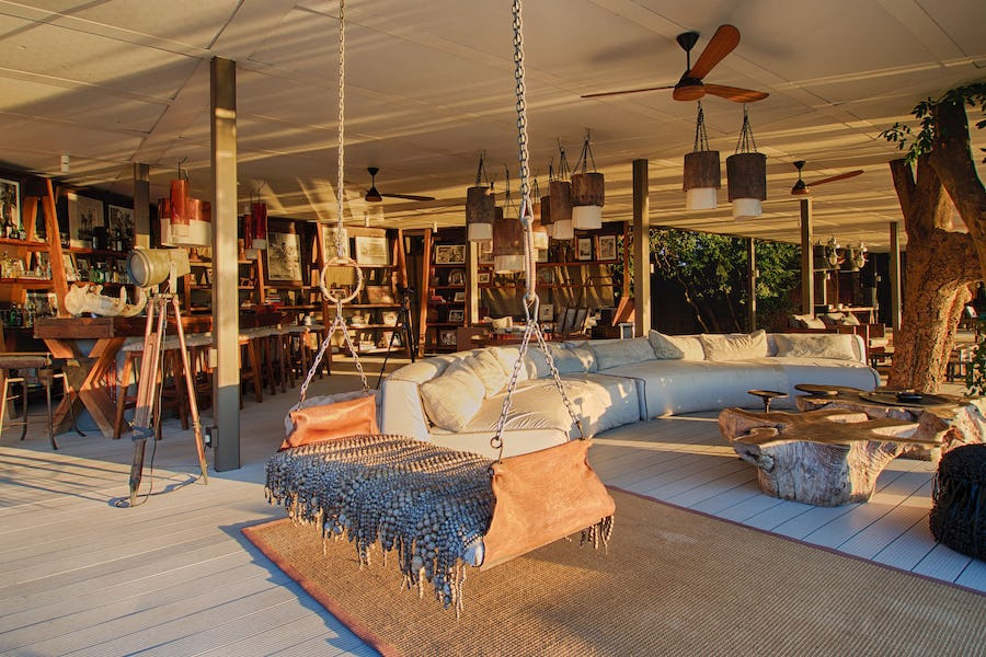 Top 5 safari libraries in Africa - chinzombo south