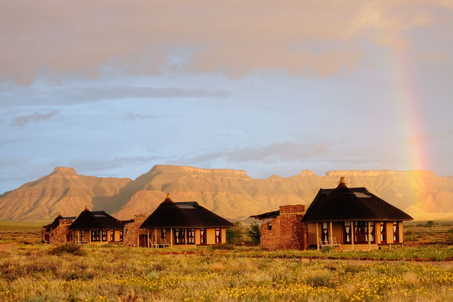 Sossusvlei safari - hoodia desert lodge