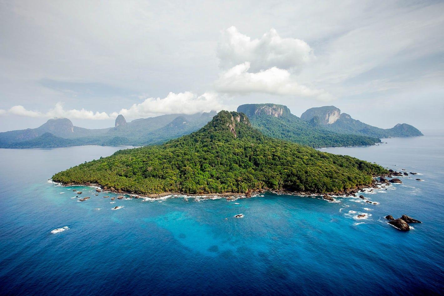 praia sundy principe island