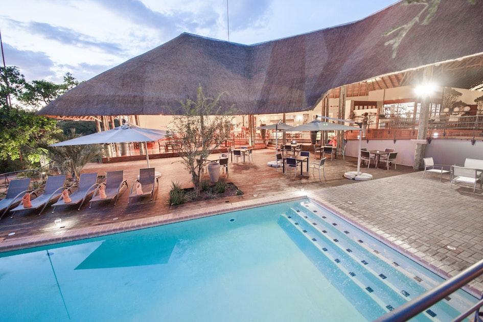 chobe safari lodge botswana timbuktu travel. Black Bedroom Furniture Sets. Home Design Ideas