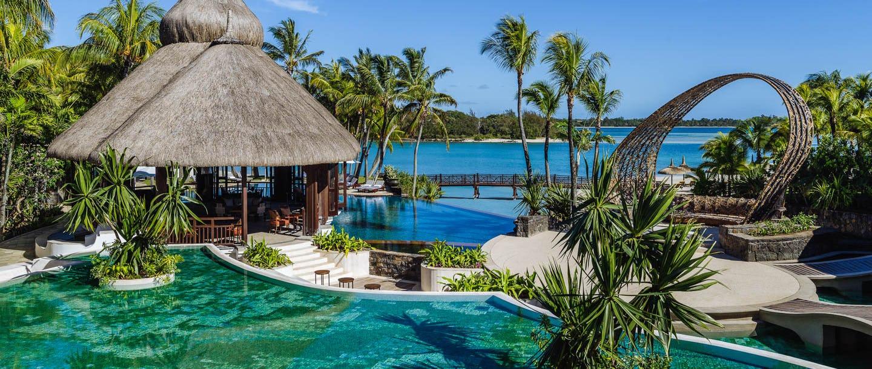 Shangri la s le touessrok resort spa mauritius for Pool designs under 50 000