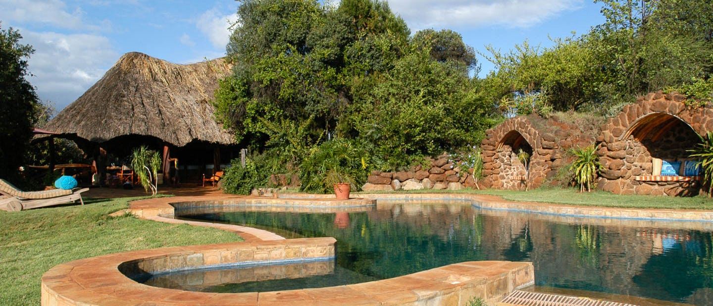Laragai house kenya timbuktu travel for Pool designs under 50 000