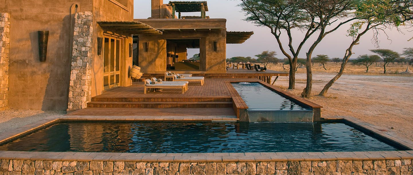 Onguma the fort infinity pool exterior view for Pool designs under 50 000