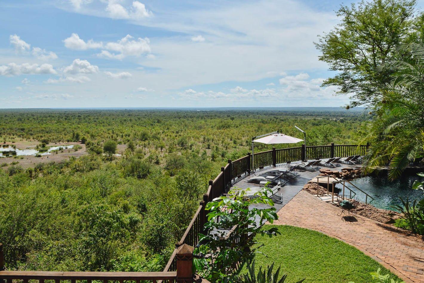 Design your zimbabwe safari online timbuktu travel for Garden design zimbabwe